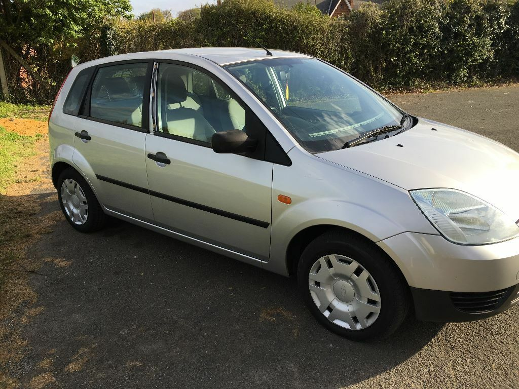 ford fiesta 2003 diesel 5 door silver in croydon london gumtree. Black Bedroom Furniture Sets. Home Design Ideas