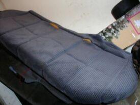 XR2i REAR SEATS