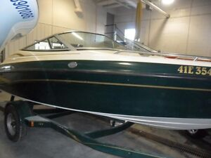 1997 CROWNLINE Bowrider EXCELLENT CONDITION! NEW MOTOR! INCL TRA