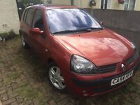 2004 RED RENAULT CLIO 1.4 FOR SALE