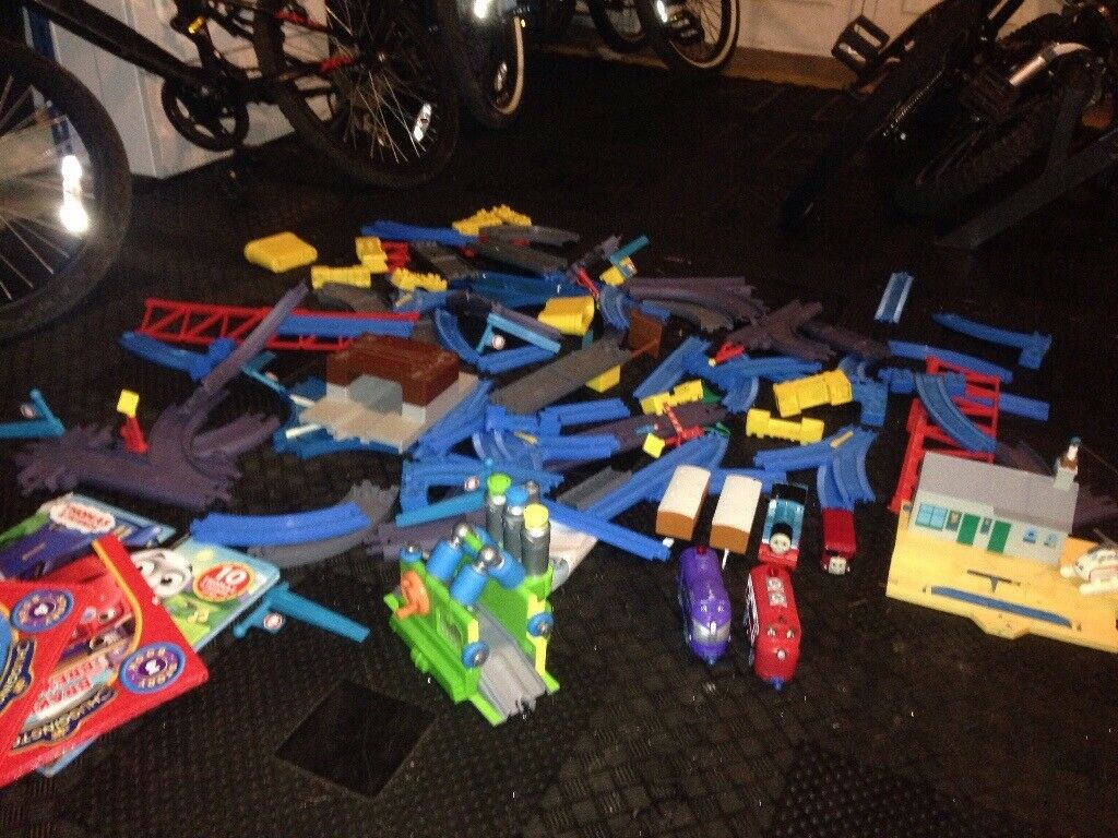 Thomas and chuggington tracks with various accessories