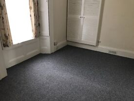 Spacious 1 bedroom flat with private parking