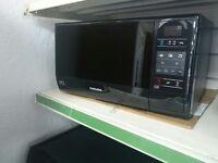 Samsung ME732K 20L 800W Standard Microwave - Black Item No. SBAR0847409050419