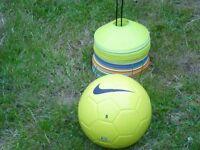 Nike Tempo Footballs. Size 5. Great training ball.