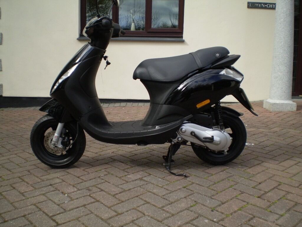 piaggio zip 50 scooter 2010 excellent condition | in st austell
