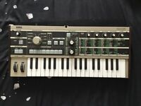 MICRO KORG VOCODER / SYNTHESIZER