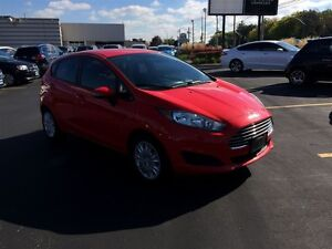 2014 Ford Fiesta SE - WE FINANCE GOOD AND BAD CREDIT Windsor Region Ontario image 7