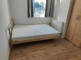 Ensuite Double Room To Let | Stepney Green, London E1