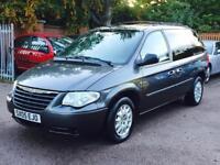 Chrysler VOYGER 2.5 diesel full year Mot ideal 7 seater 1495