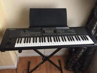 ROLAND E-09 KEYBOARD AND STAND