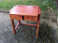 childrens junior desk (old school style) handmade and ideal for homework or gaming. lockable clasp
