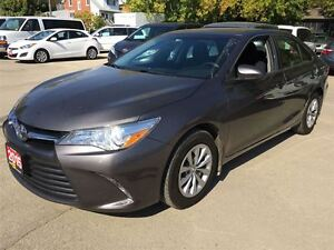2015 Toyota Camry LE/ CLEAROUT!/PRICED FOR AN IMMEDIATE SALE !! Kitchener / Waterloo Kitchener Area image 13