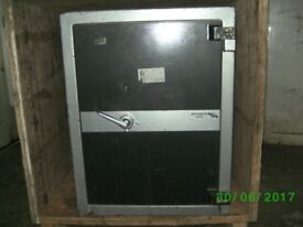 SAFE FIRE RESISTANT (see photos)