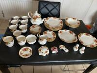 Royal Albert old Country Roses Bone China set