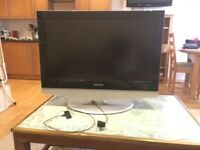 Samsung LCD TV for sale in perfect state - exceptional price - moving away from the UK.