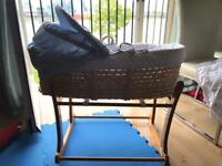 Mothercare Moses basket whit Stand