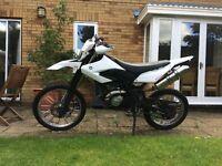 2014 Yamaha WR125R White