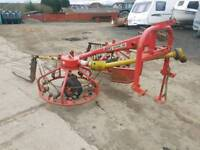 Tractor pz300 haybob