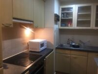 Lovely 2 Bedroom Flat in Quaidrangle House, romford road Stratford with 2toilets Dss Welcome