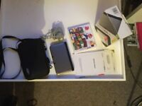 Nintendo 3DS Extra Wide Screen with all parts plus Super Mario Game and Carry Case