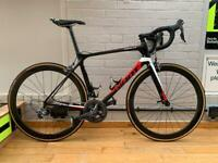 Giant TCR Advanced 2 Carbon Road Bike - 56cm - big spec!!!