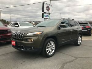 2015 Jeep Cherokee 3.2L LIMITED 4WD 1-OWNER TRADE-IN!!!