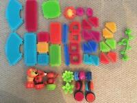 Bristle Blocks jungle set, excellent condition.