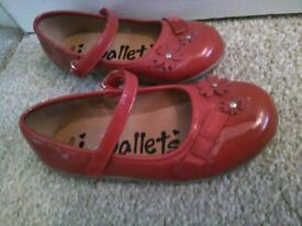 Girls red patent shoes