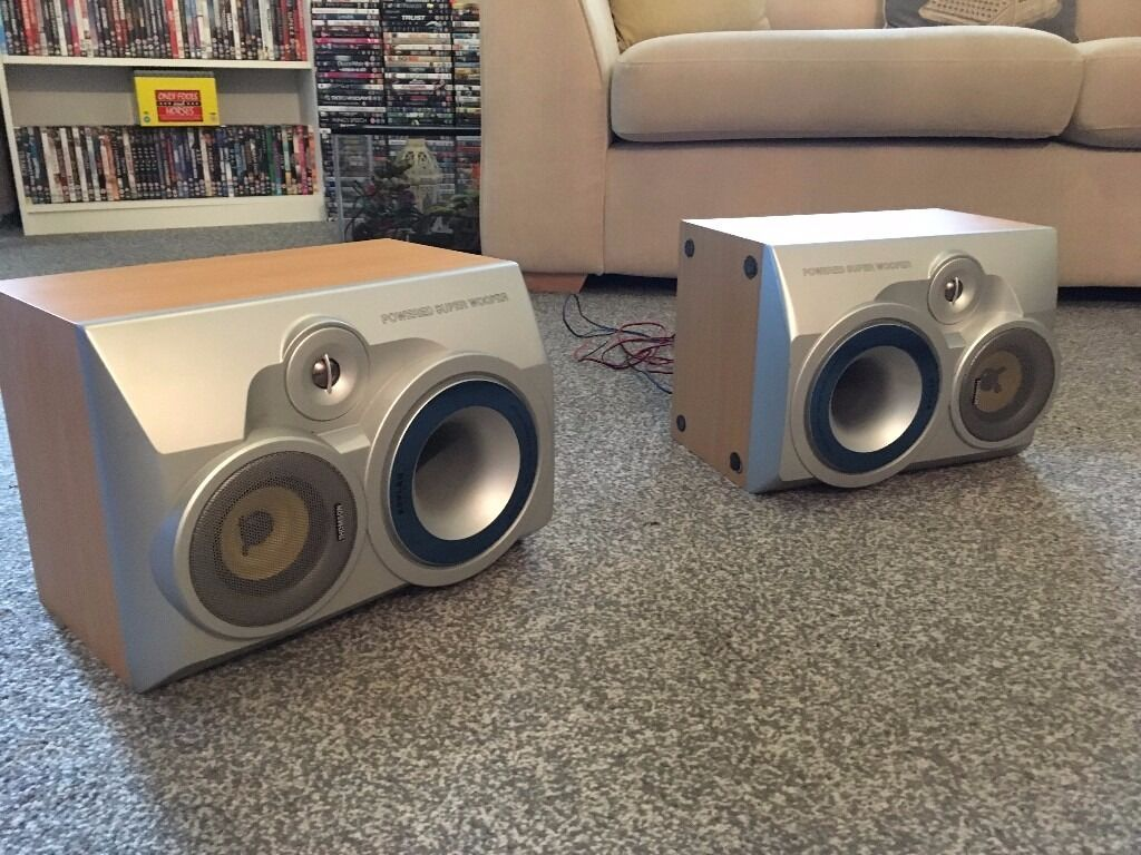 thomson kevlar speakers with subsin Wickford, EssexGumtree - pair of high quality thomson kevlar speakers with subs great sound very rare good working order bargain great speakers