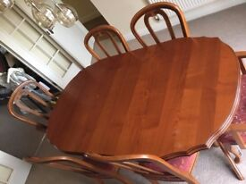 Dining Table (extendable) with 6 chairs - Cherry Oak