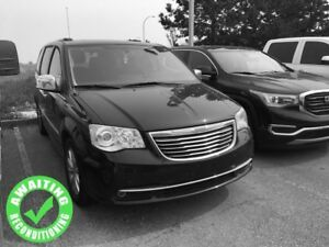 2015 Chrysler Town & Country Limited| Sun| Nav| DVD| Heat Leath|