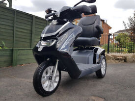 DRIVE ROYALE 3 MOBILITY SCOOTER/DISABILITY SCOOTER.MOTORBIKE STYLE MOBILITY SCOOTER