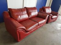 RED LEATHER DESIGNER LOUNGE SUITE 3 SEATER SOFA / SETTEE & ARMCHAIR MADE BY FR DELIVERY AVAILABLE