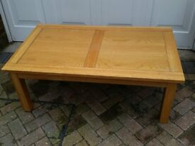 Coffee Table (Solid Wood Light Oak colour)