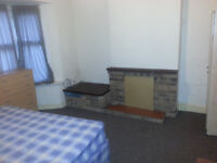 DUUUUUBLE ROOM IN CITY CENTRE