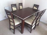 Modern set of Table with 6 chairs