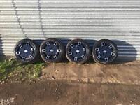 "15"" Cades Jadis Gloss Black Set Of 4 Alloy Wheels 15x7.0 4x100 VW With New Tires"