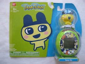 BANDAI TAMAGOTCHI V7 Tama-Go TamaTown New and Sealed choose from 2 colours