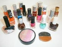 LARGE LOT of 18 x Nail Polish + Blusher + Guinot Make up Box - Max Factor, Barry M, Maybelline, etc