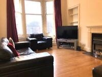 Festival rent available in lovely two bedroom property by Bruntsfield