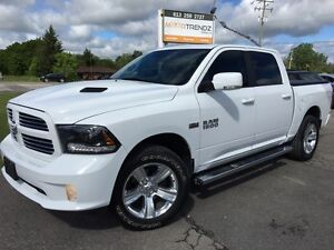 2015 RAM 1500 Sport Sport Crew with NAV, Sunroof, Heated Stee...