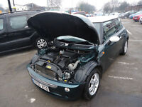 2006 MINI COOPER 1.6 PETROL TOP CONDITION PERFECT RUNNER 12 M MOT AND 3 M NATIONWIDE WARRANTY