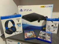 PS4 ( boxed ) never used !