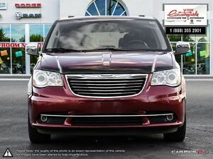 2014 Chrysler Town & Country Limited *LOADED, LEATHER, DVD* Windsor Region Ontario image 2