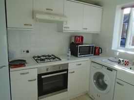 3 - Bedroom House * TO LET (Off Ilford Lane , IG1) *£1500/- PCM, All Utilities, C Tax Inclusive