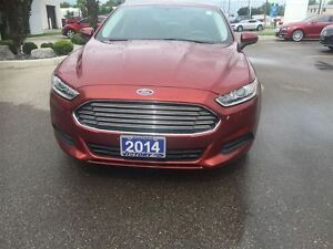 2014 Ford Fusion S Windsor Region Ontario image 4