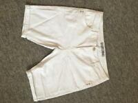 *BRAND-NEW* Denim White Knew Length Shorts