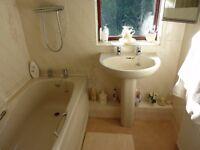 Champagne coloured bathroom suite