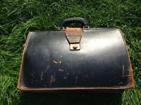 VINTAGE RETRO SHABBY CHIC BLACK LEATHER BRIEFCASE