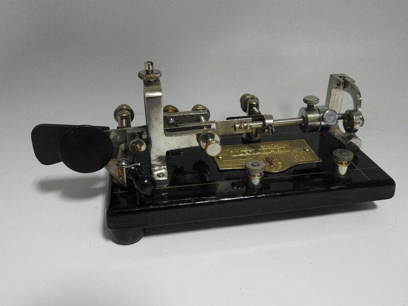EXCEPTIONALLY NICE CONDITION 1923 VINTAGE NYC MADE VIBROPLEX BUG SERIAL No 90487